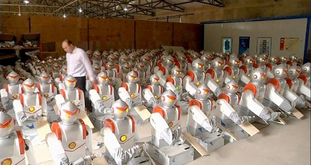 #cdanslair   Silence les robots ! En France on cause #LoiTravail  <br>http://pic.twitter.com/3JCMIHsEYd