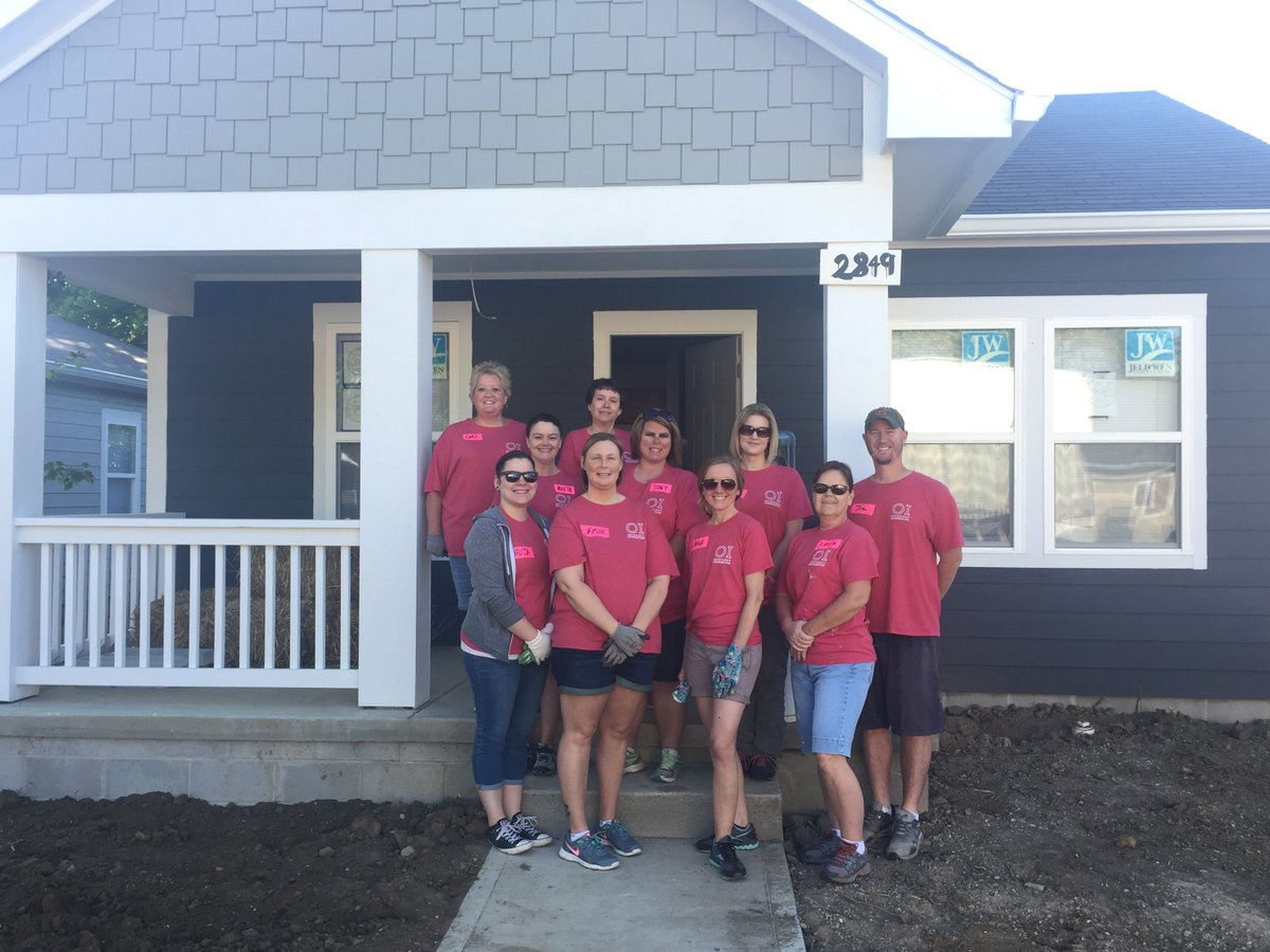 Orthoindy On Twitter Last Day Of The Habitat House Build Oi Employees Are Ready To Do Some Landscaping Complete