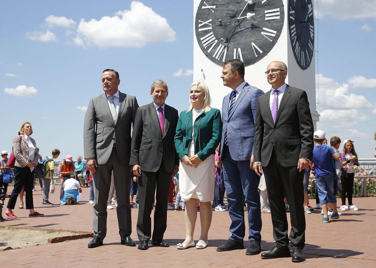 1e8eab9e1f4 Ministers f. transport+energy