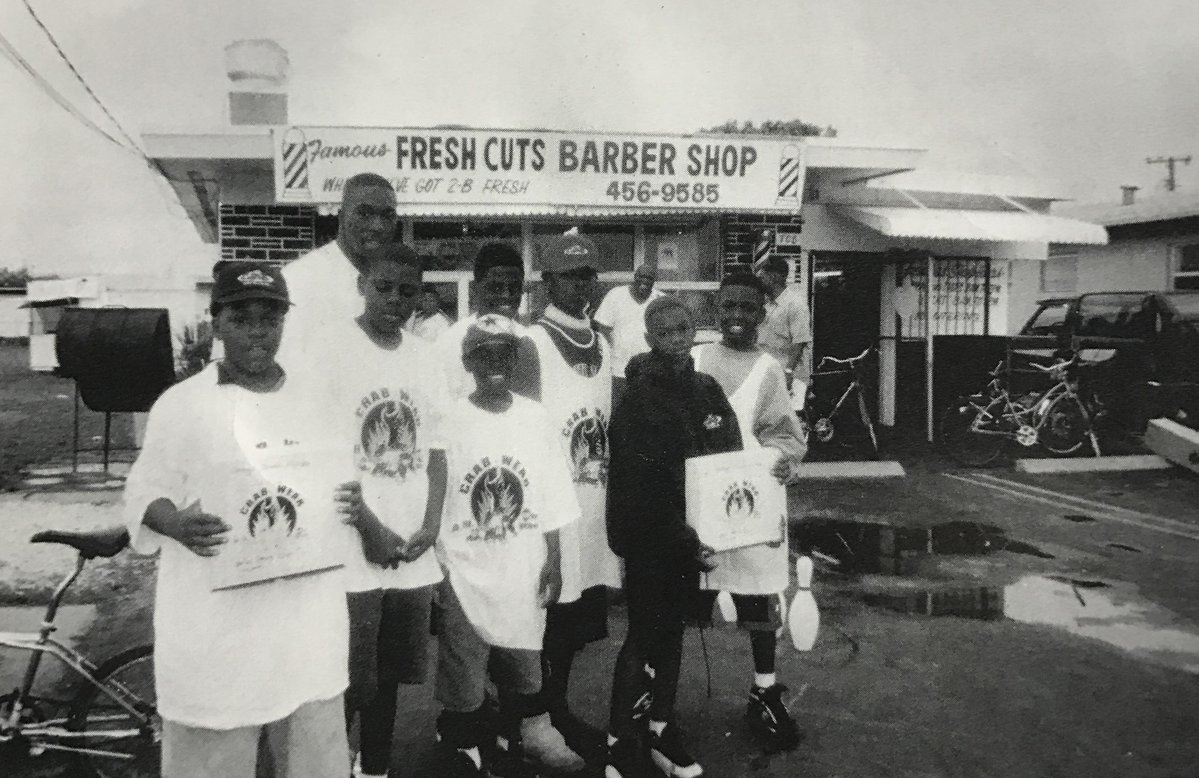 Fresh Cuts Barber Shop held sway at 708 Foster Road for almost two decades . #Hallandale #throwbackthursday #Floride <br>http://pic.twitter.com/iXooDJ6ibz