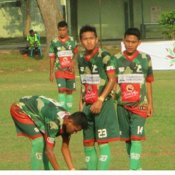 Pencinta Kain Ligina On Twitter Jersey Kedua Dpff Malang United Di Liga 3 Zona Jawa Timur 2017 Jersey Dari Mbb Apparel