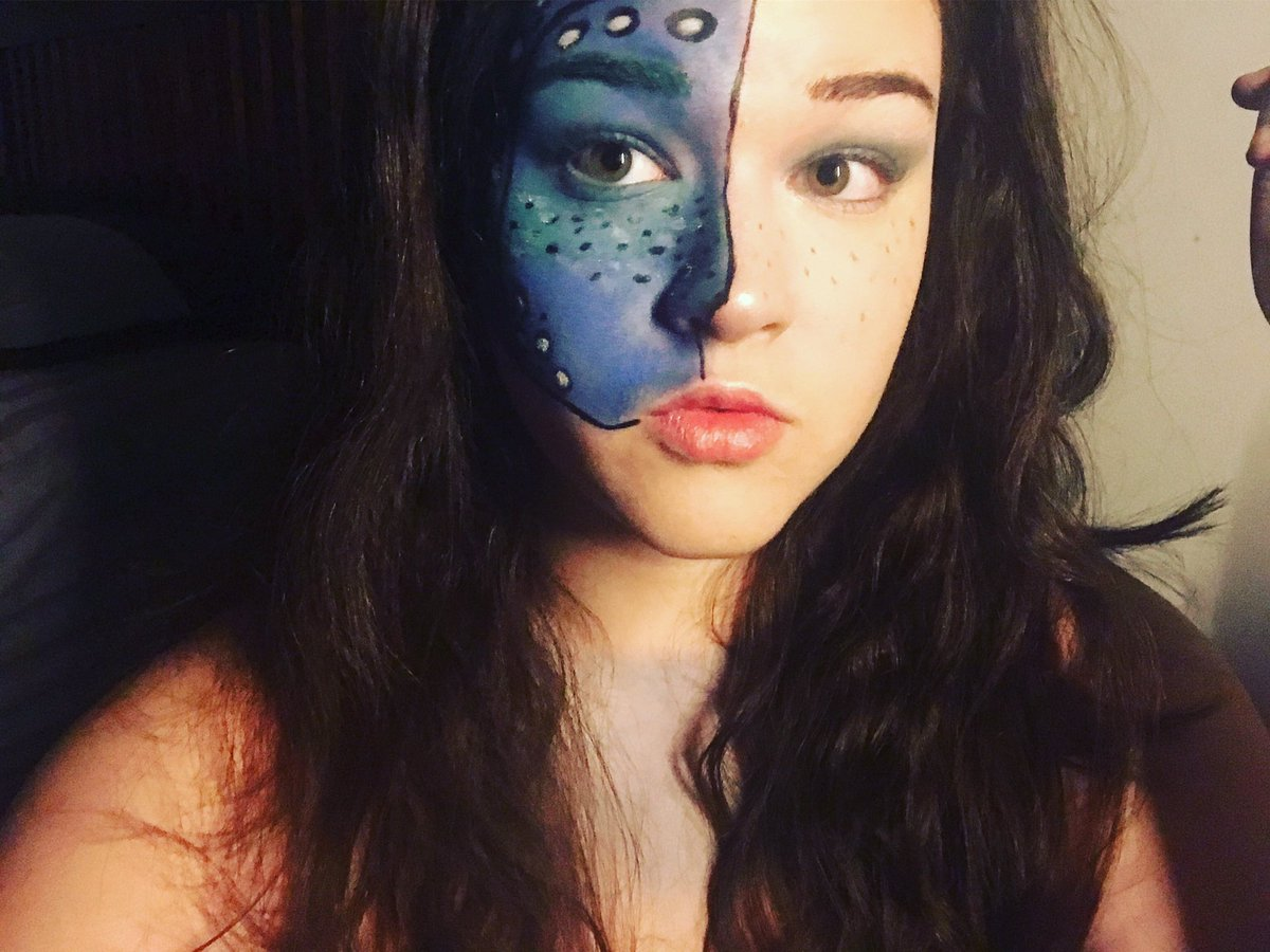 #sharkweek is coming up! Here&#39;s a #makeup look inspired by a makeup tutorial I found on YouTube. #whaleshark is my third fave shark. <br>http://pic.twitter.com/2ntBMReZbB