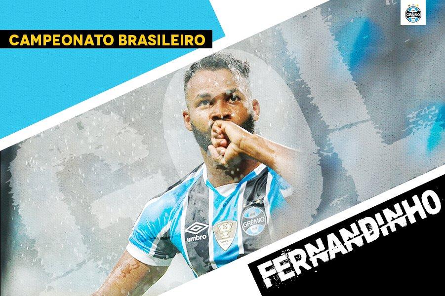 Fernandinho marca e amplia o placar! Grêmio 2x0 Coritiba #GRExCFC #Brasileirão2017 #DiaDeGrêmio #VamosTricolor