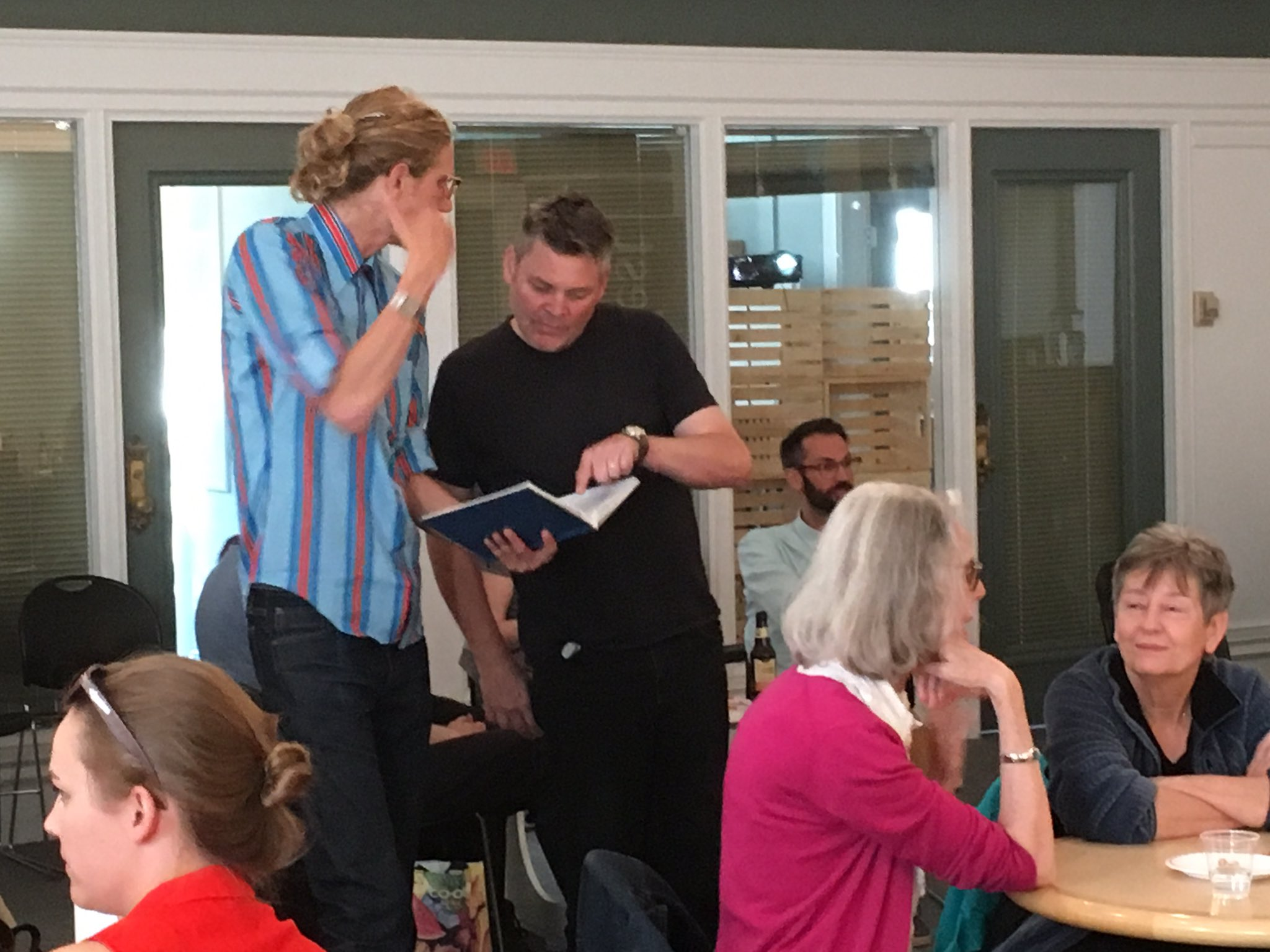 "Mark Kingwell and Richard Kemick #spotted prepping for the ""bonus round"" at tonight's Dick Lit's Trivia Night. @calgarylibrary https://t.co/YelY88wSOZ"