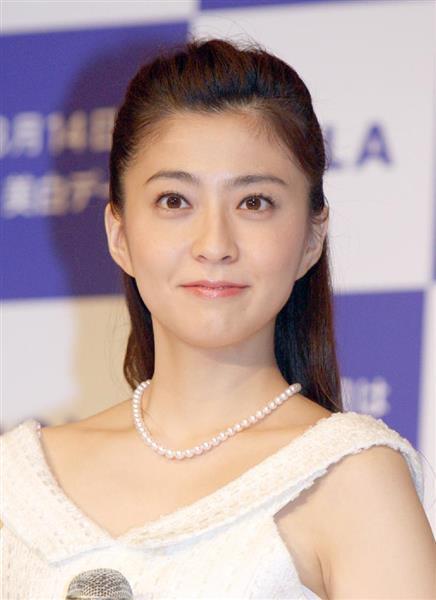 小林麻央さん死去 市川海老蔵さんの妻 https://t.co/qiUi7O3VlM https://t.co/paebiEwNze