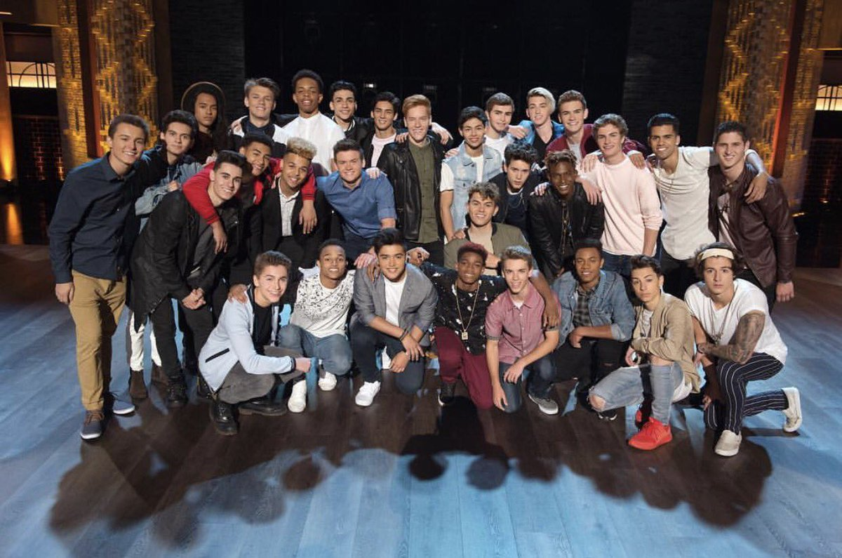 West Coast, the series premiere of #BoyBand starts now! Retweet if you...