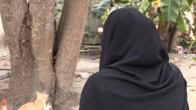 Shafa tinha 15 anos quando viu sua vida virar um inferno por ser forçada a se casar com um homem bem mais velho https://t.co/KKsIrgfC1Z
