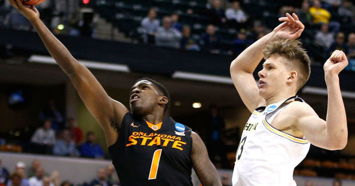 76ers to trade No. 39 pick Jawun Evans to Clippers. #NBADraft https://...