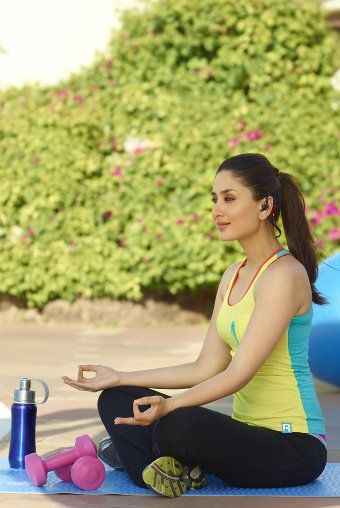 Kareena Kapoor Khan On Twitter Ive Been Practicing Power Yoga For Years I Also Complement My Workout With A Healthy Eating Lifestyle