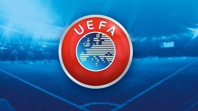 L'UEFA a sorti un classement sur les meilleurs club français en Europe depuis 1992 :   1-Lyon 2-Paris 3-Monaco  4-Marseille 5-Bordeaux