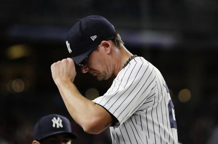 Tyler Clippard is crippling the @Yankees bullpen, even with Aroldis Ch...