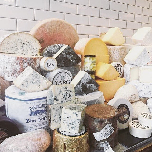 If you&#39;re looking for a #cheeseboard for a delicious outdoor supper @CheeseShopN10 has the best selection around. #muswellhill<br>http://pic.twitter.com/KlnhjFV4JL