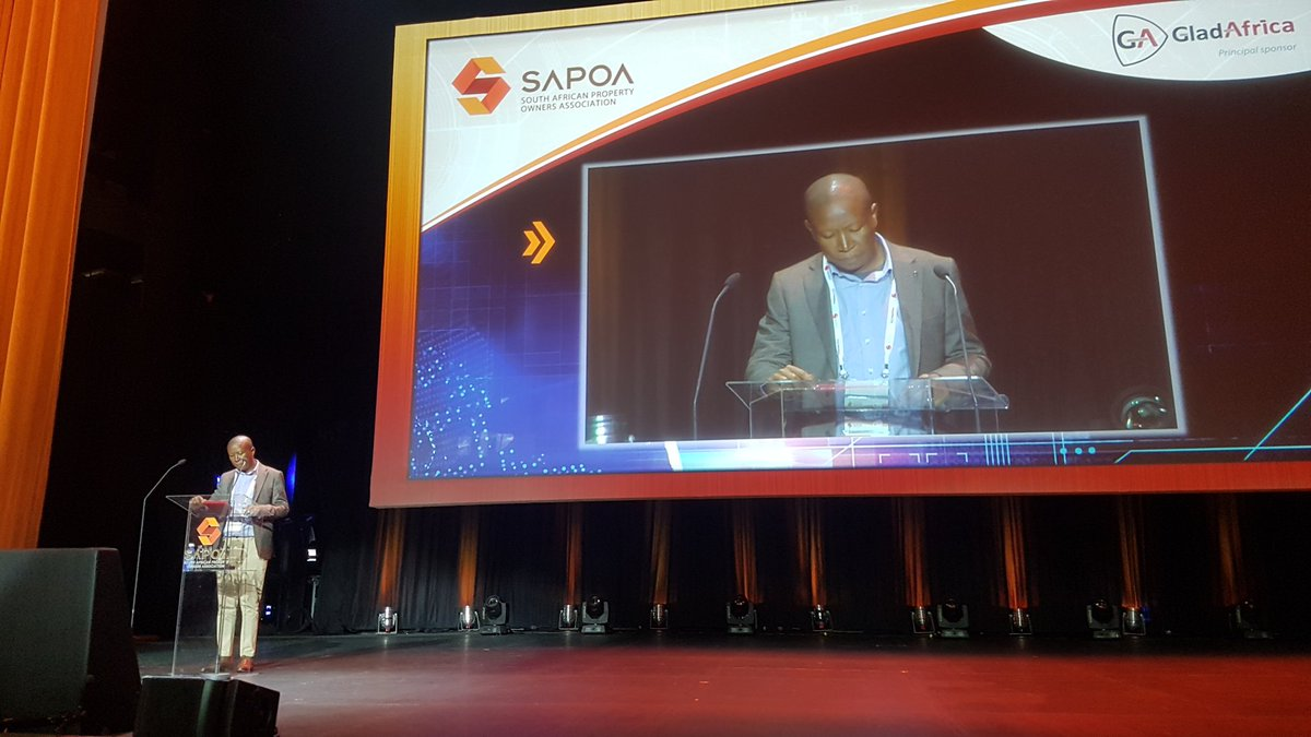"#SAPOA17 @Julius_S_Malema ""You are here to talk about disruption. What needs to be disrupted is your greed"" https://t.co/xgFzyOSnJq"