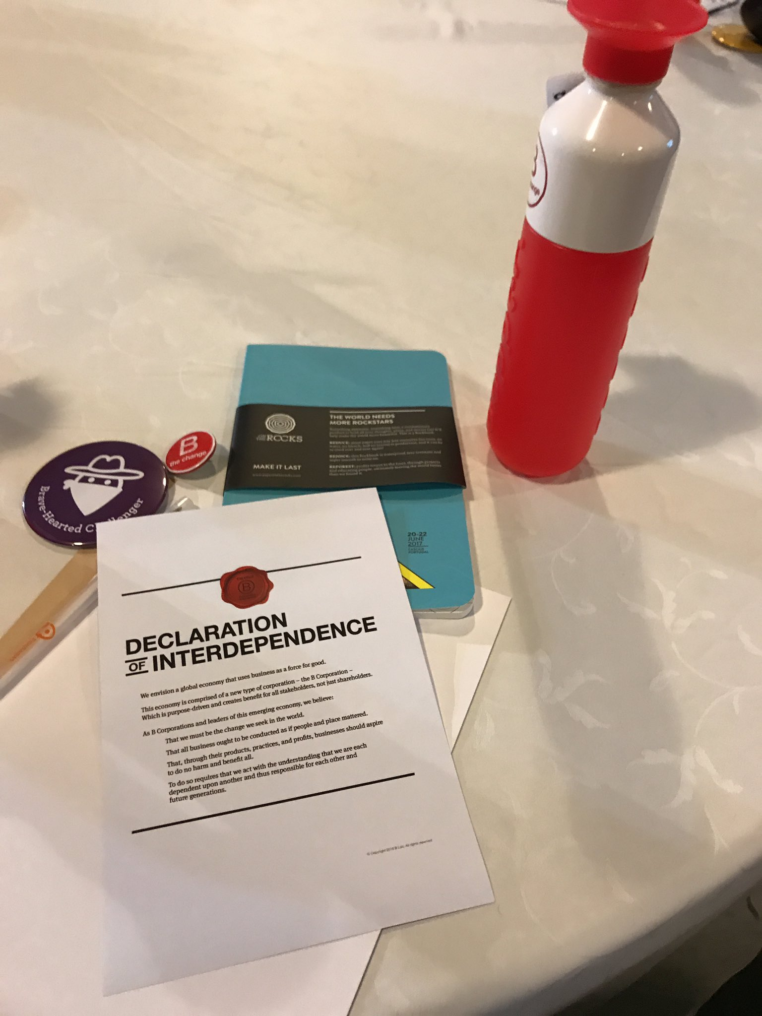 My working kit for the next coming days 😊. @BCorpEurope #BCorpSummit #bethechange https://t.co/tornpaNXxO