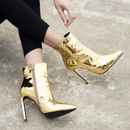 I&#39;ve just added these work of art to my shoe family. You too can own them!!   http:// bit.ly/2t0e9ku  &nbsp;   #shoes #fblogger #australia #style<br>http://pic.twitter.com/L2KyDkGYge