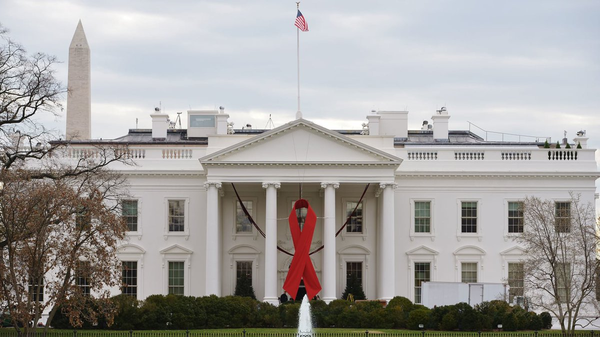 """HIV/AIDS Advisory Council lost six members last week who said that Trump """"simply does not care"""" about the virus https://t.co/r7pEAIBV7h"""