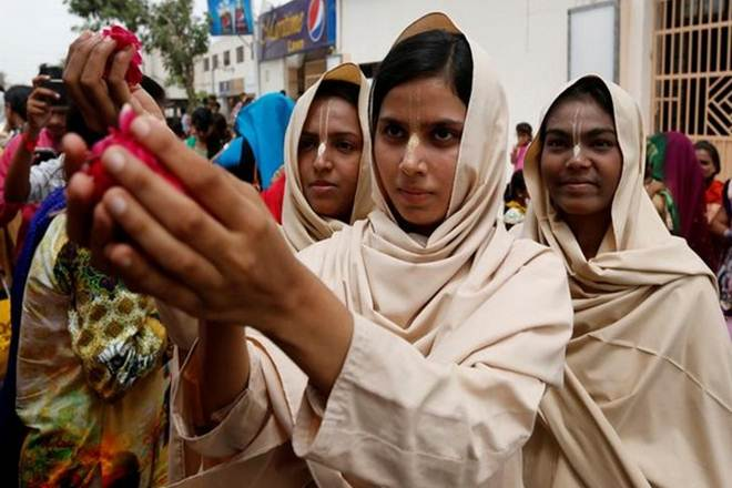 Forced conversions resulting in mass exodus of #Hindus from #Pakistan https://t.co/7VEHXPmPGS