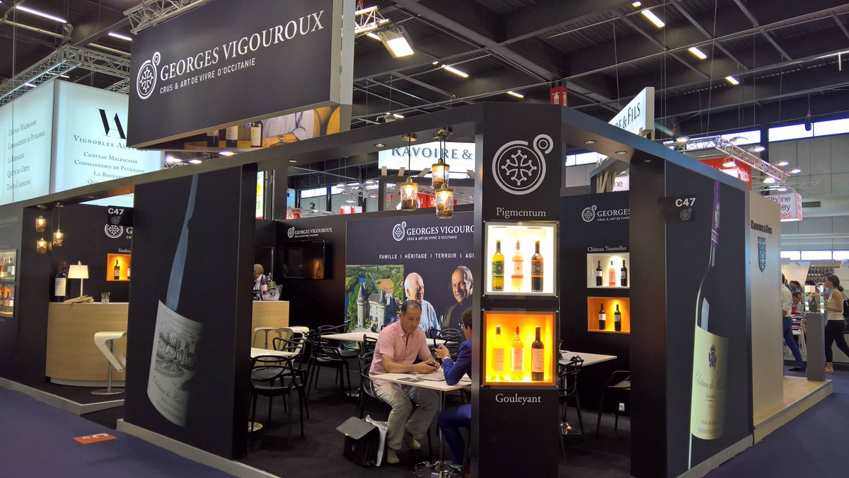 Las day in #VinexpoBDX. See you Hall 1 C47 to discover the fine wines of #Cahors and #Occitanie ! #Vinexpo2017<br>http://pic.twitter.com/3g5K9ALhgG