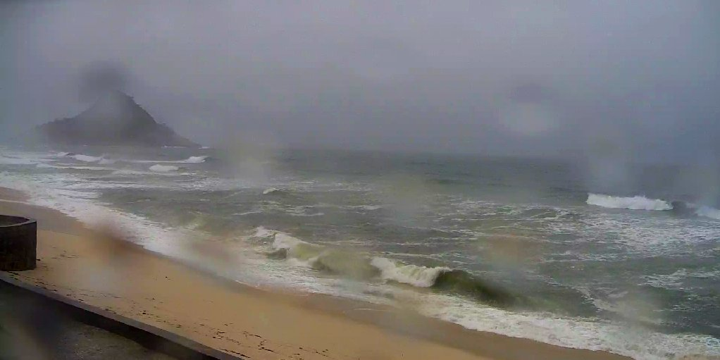 Bem-vindos ao #Inverno !!!   Macumba #surf #beach #RiodeJaneiro  #SummerSolstice  North hemisphere #WinterSolstice  South hemisphere<br>http://pic.twitter.com/0FrfcEQ71l