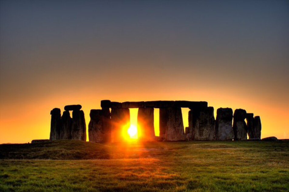 #SummerSolstice  The longest day. Wishing everyone a safe and peaceful Summer Solstice 2017 https://t.co/wloxenu2k3