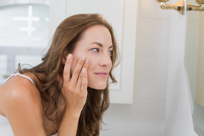 Oily, Combo, Normal or Dry? How to Identify and Treat Your Skin Type