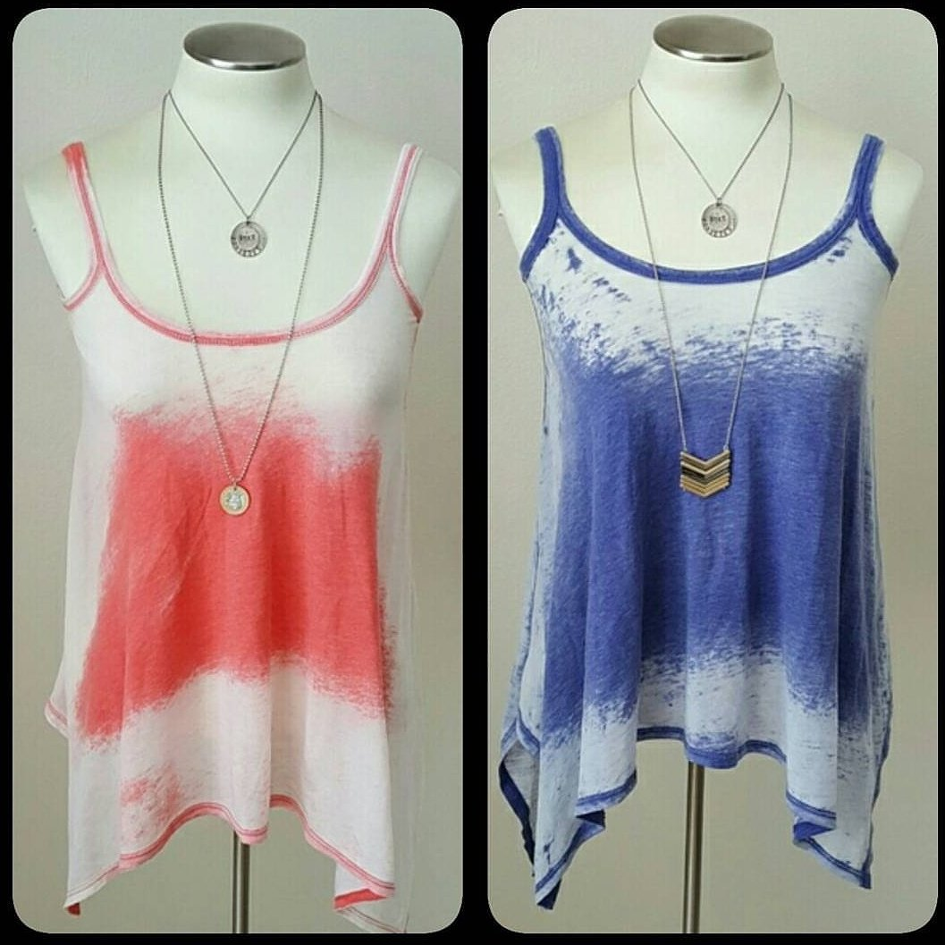 Coral/Blue swing #tank? BOTH! #poshmark #styleblogger #fashionblogger #wiw #ootd #victoriasecret #whatiwore #style #trend #shop #fashion<br>http://pic.twitter.com/OCcopmNx2G