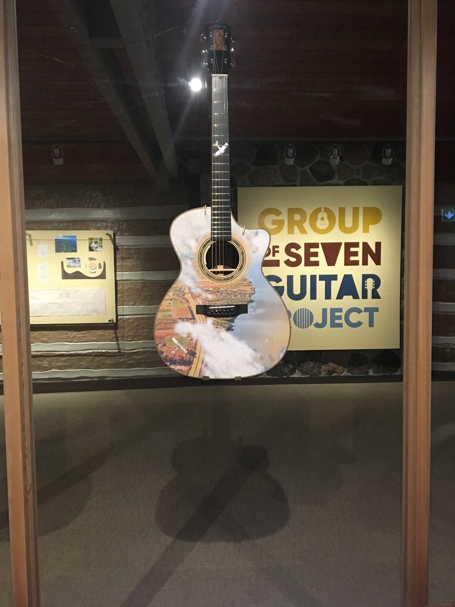 If you haven&#39;t yet, you MUST check out the Group of Seven Guitar Project at @mcacgallery! #MakeMusicDay #luthiers #guitars #eventprofs<br>http://pic.twitter.com/hUvSpOhNdJ