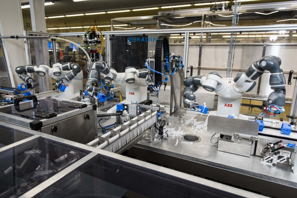 #YuMi robots team up with #ABB workers to ensure #safety and #quality at electrification products plant in Ede, NL  http:// bit.ly/2rv71eO  &nbsp;  <br>http://pic.twitter.com/QeqFBu97ZI
