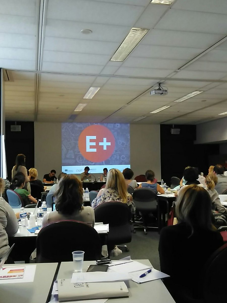 #ErasmusPlus mobile app being presented to national agencies by @Uni_Foundation - 5 000 downloads in just one week ! And more to come...<br>http://pic.twitter.com/xiIiYcptxx