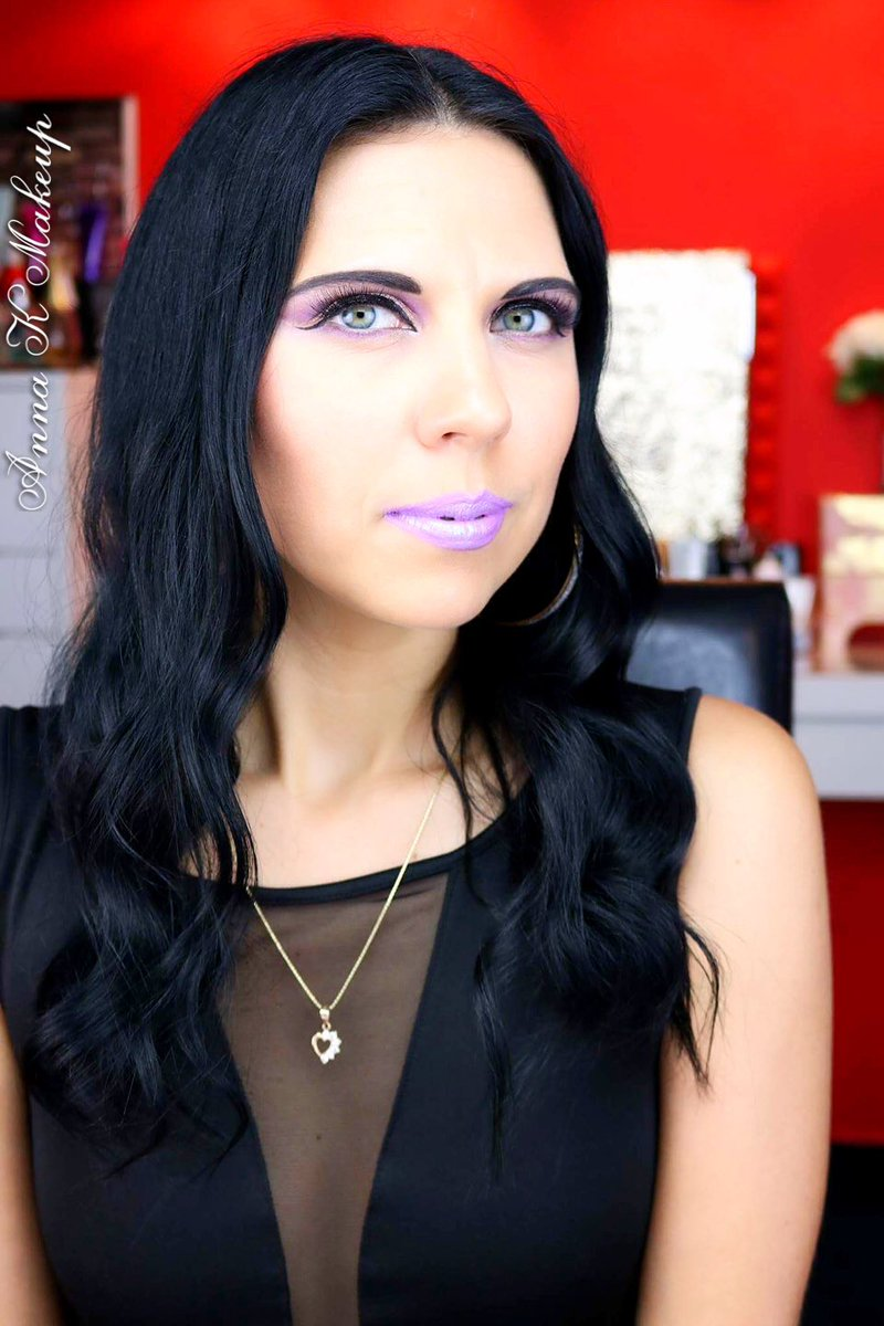 Have you seen my Huge #Sephorahaul  http:// youtu.be/eUGxBJqp3Yg  &nbsp;   Part 2 with Returned products will be on my channel on Thursday! #videoalert<br>http://pic.twitter.com/KVmsh3BOhY