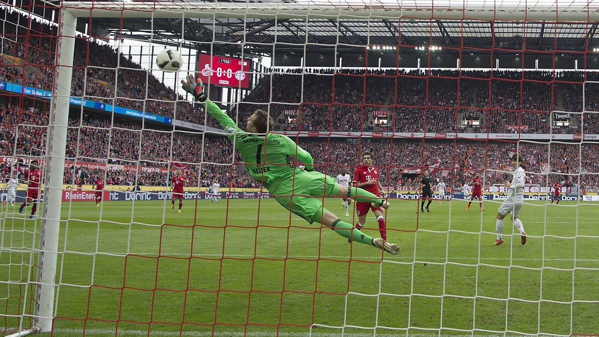 ¡Decidieron! Esta acción salvadora de @Manuel_Neuer en Colonia ¡es la...