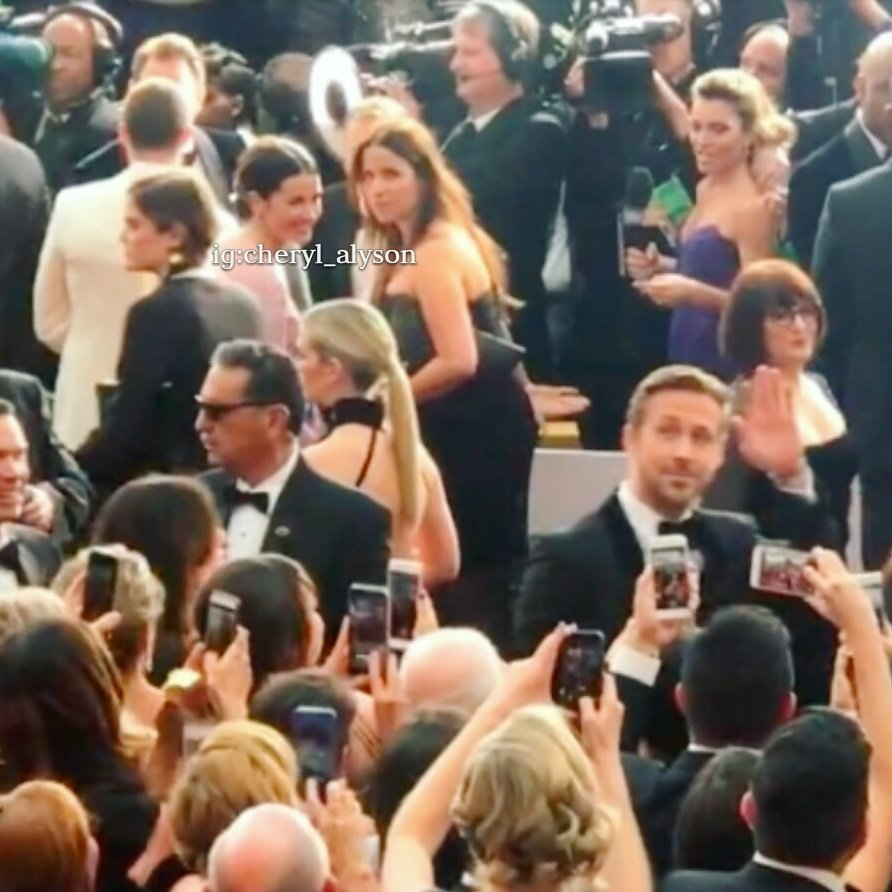 Millie watching and smiling at Ryan Gosling while fans went crazy over him at the Oscars. #ameliawarner #jamiedornan #ryangosling #oscars <br>http://pic.twitter.com/pm1EdtchTx