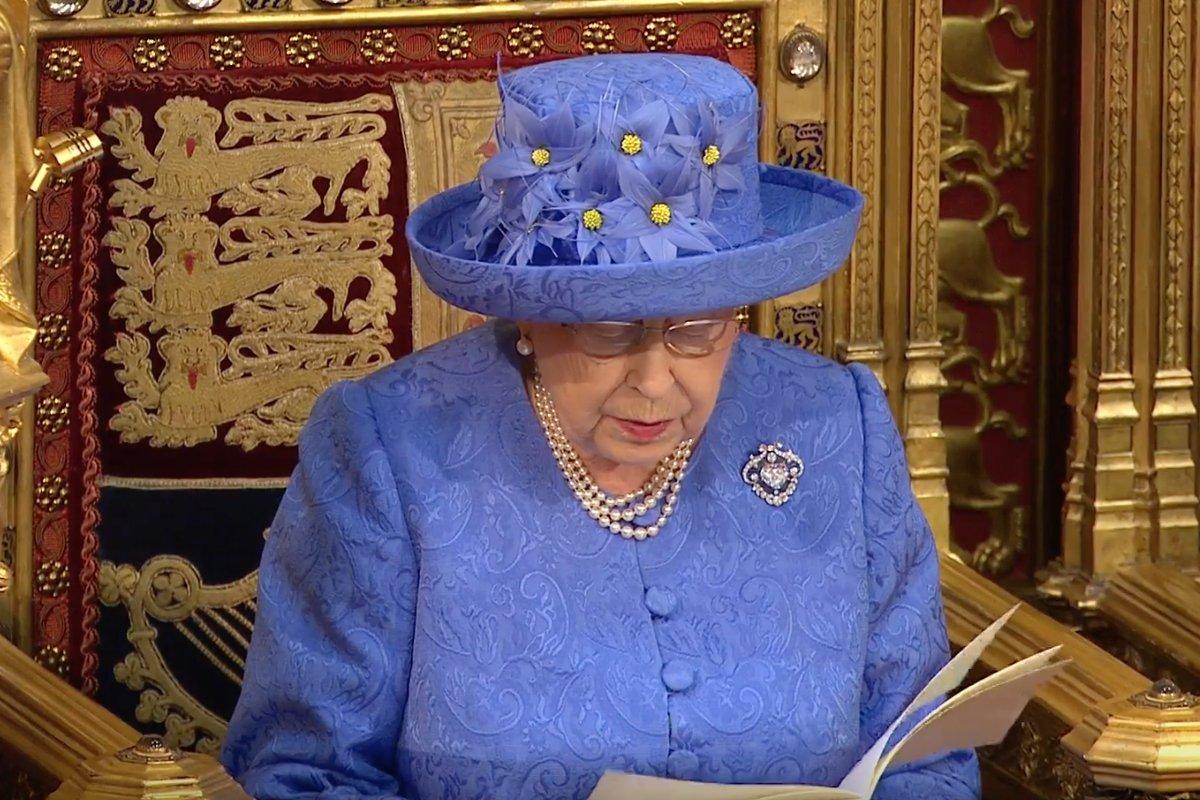 Queen Elizabeth's speech includes a pledge to fight anti-gay discrimination: https://t.co/8dDGxrtVAg