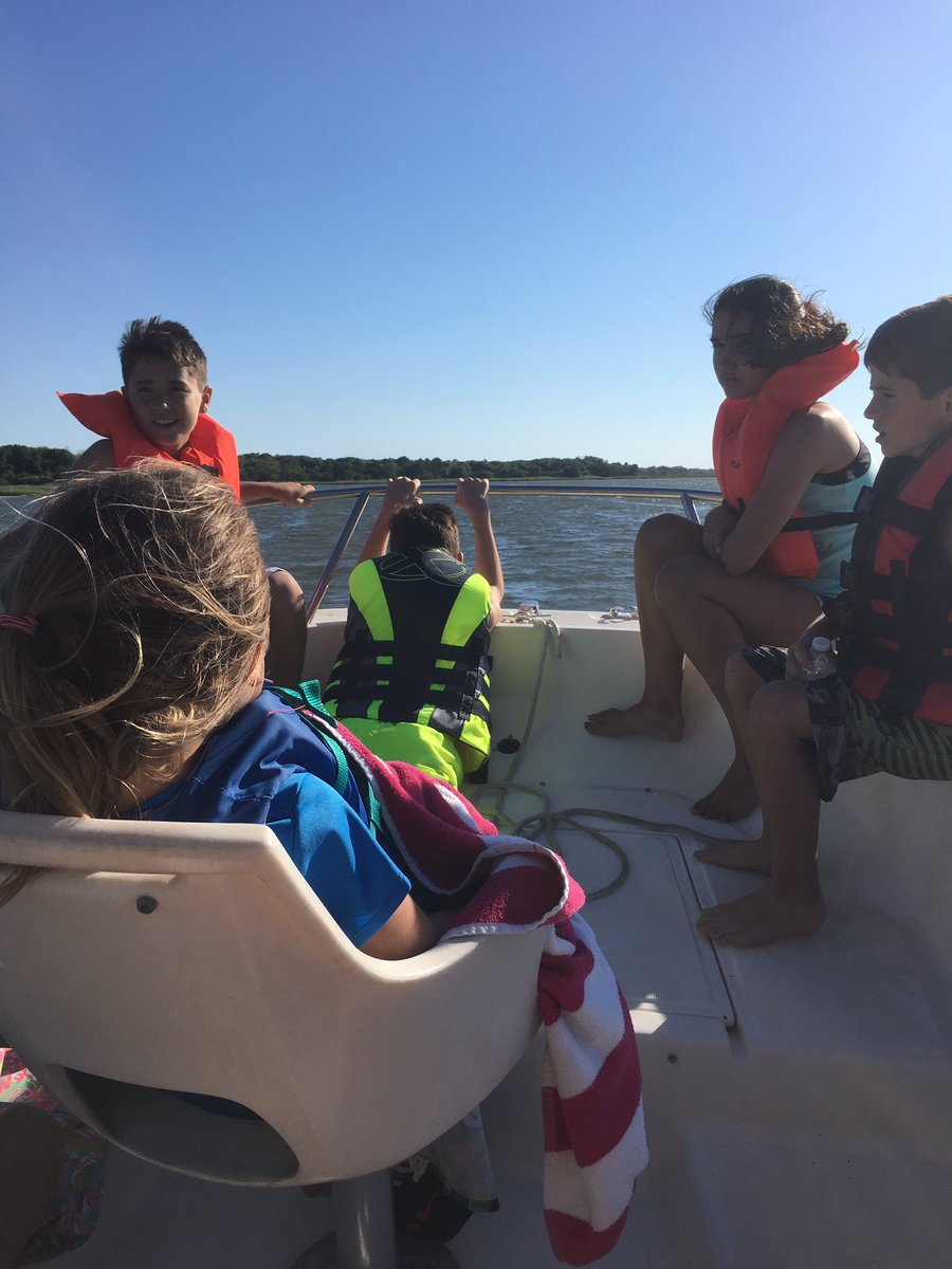 Find local boat rentals near you! https://t.co/OlzXwPpvR7 #discoverboating @discoverboating #ad https://t.co/kL1xnvSNHq