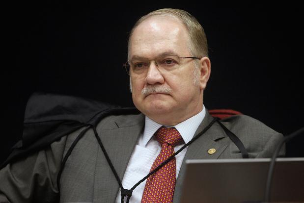 No #STF, Fachin vota contra revisão da delação da #JBS - https://t.co/zxDbqPlnkr #Política #Brasil #Notícias