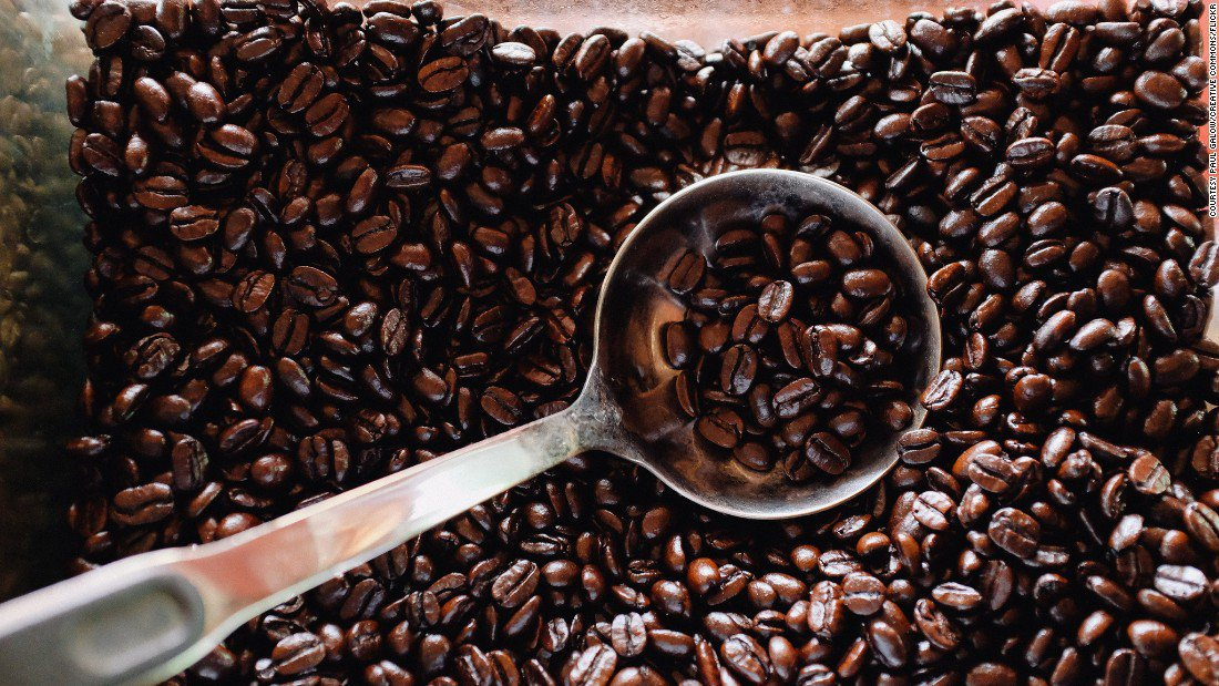 Climate change could lower the quality of your coffee #climat  http:// edition.cnn.com/2017/06/21/wor ld/coffee-climate-change-trnd/index.html &nbsp; … <br>http://pic.twitter.com/sCBA9Z1RZT