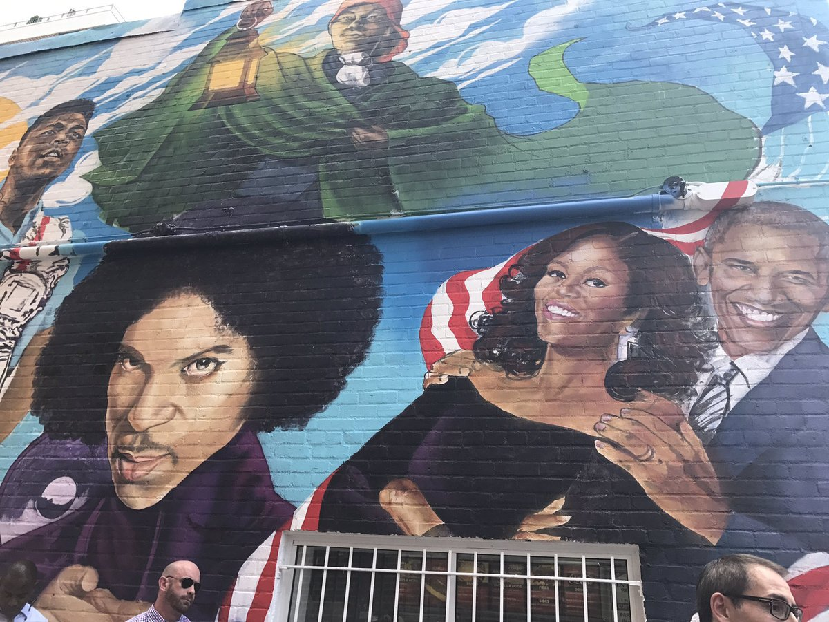 Ben's Chili Bowl says goodbye to Bill Cosby and welcomes Prince, Wale, Muhammad Ali to its mural https://t.co/lvT6BrEzT5