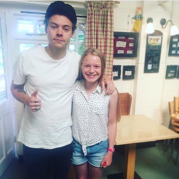 Harry with fans in Holmes Chapel today!!!  #HarryStyles #Harry #Styles #HarryStylesLiveOnTour<br>http://pic.twitter.com/yjK7ioR0rQ