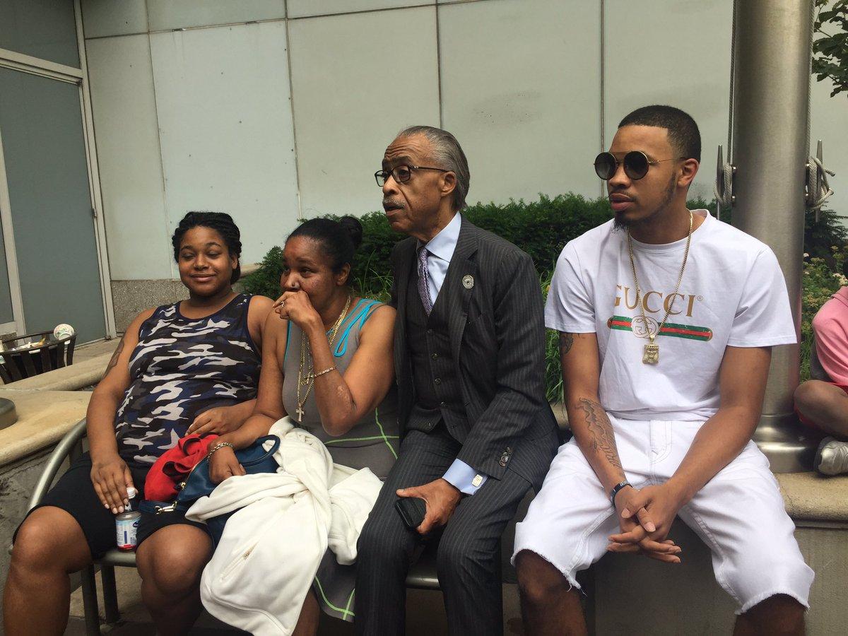 Family of #EricGarner & #RevAlSharpton to meet with #DOJ Update on Fed case #abc7ny