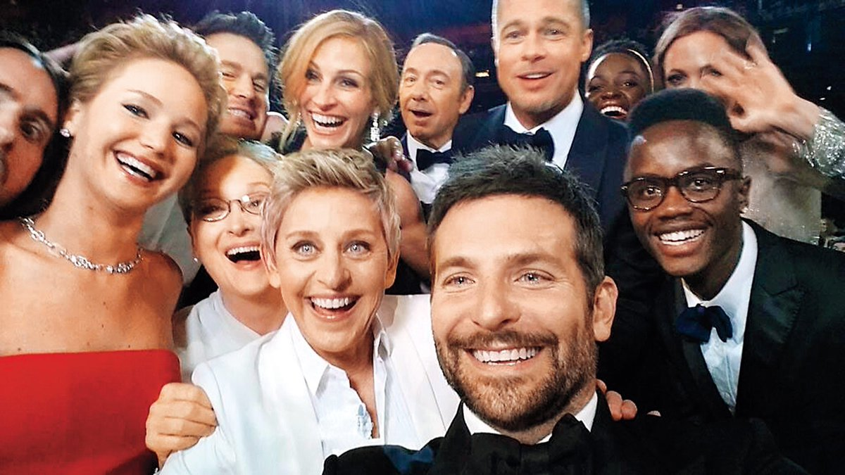 Happy #NationalSelfieDay  The record-breaking #Oscars selfie (2014), the year THE GREAT GATSBY won for Best Production Design  via @ADG800<br>http://pic.twitter.com/eWb6ebRMj0
