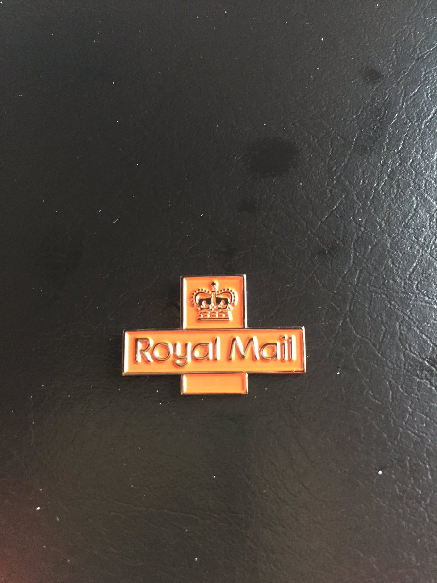 10 year service and you give me a badge that you&#39;ve got from china at least give me a few stamps you tight buggers@RoyalMail #privatisation <br>http://pic.twitter.com/pQBUjNSlXq