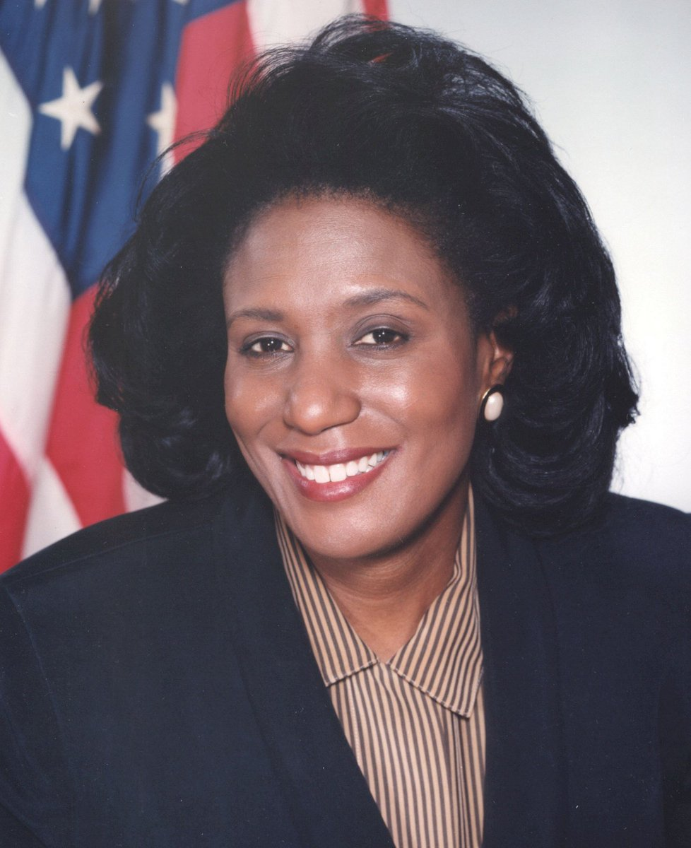 Learn about Cheryl Sanders: at home in labs, board rooms &amp; on Captial Hill #WiSEWednesday #blackandSTEM #womeninSTEM  http:// bit.ly/2sCfKxb  &nbsp;  <br>http://pic.twitter.com/JxdjLZCPHm