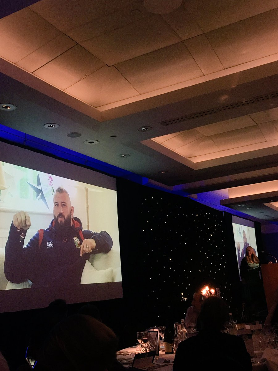 Thank you to dairy lover @JoeMarler for joining us at our annual dinner this evening - best of luck on the rest of the #lions tour #moo <br>http://pic.twitter.com/09OfeLYVy3