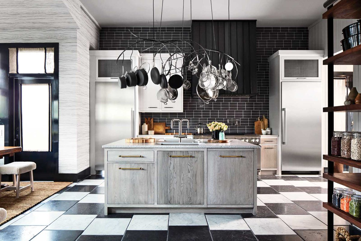 Grohe Us On Twitter A6 We Love This Mix Of Greyscale In This Year S Housebeautiful Hbkoty Kbtribechat