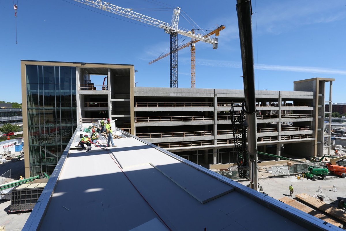 Sky walk from parking to the new arena!   #BuildTheFuture https://t.co...