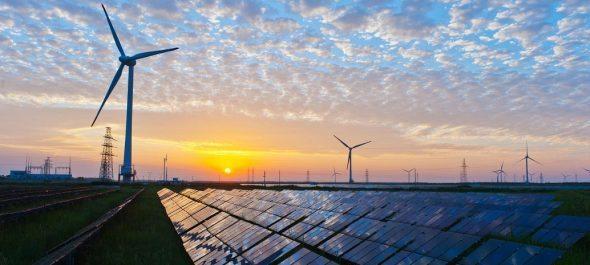 Bloomberg predicts 34% global #renewableenergy use by 2040  http:// bit.ly/2rLMYgu  &nbsp;   via @energymattersau #climateaction <br>http://pic.twitter.com/IGVuZ3sDno
