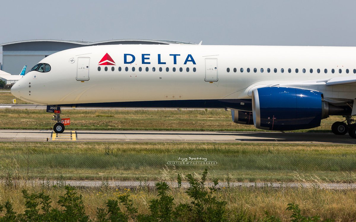 1st #Airbus #A350 Delta Airlines #Avgeek #Toulouse <br>http://pic.twitter.com/dGy1EFDKlt