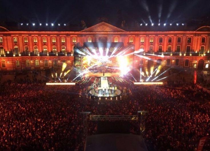 #FDLM #Toulouse met &quot;grave&quot; le feu sur @France2tv   http://www. ladepeche.fr/article/2017/0 6/21/2598249-fete-musique-toulouse-honneur-france-2-2.html &nbsp; … <br>http://pic.twitter.com/XxEy6OLpqj