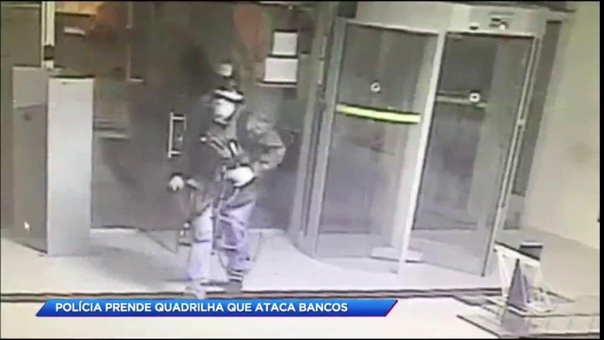 Polícia prende quadrilha que ataca bancos em Miracatu (SP) #CidadeAlerta