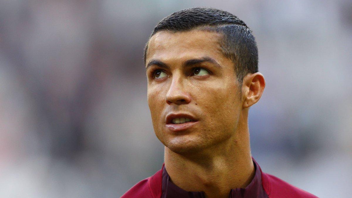 Acompanhe tudo sobre as competições que antecedem a Copa do Mundo FIFA 2018 com o App SporTV Seleções: https://t.co/90N2n67H0Q (Android)!